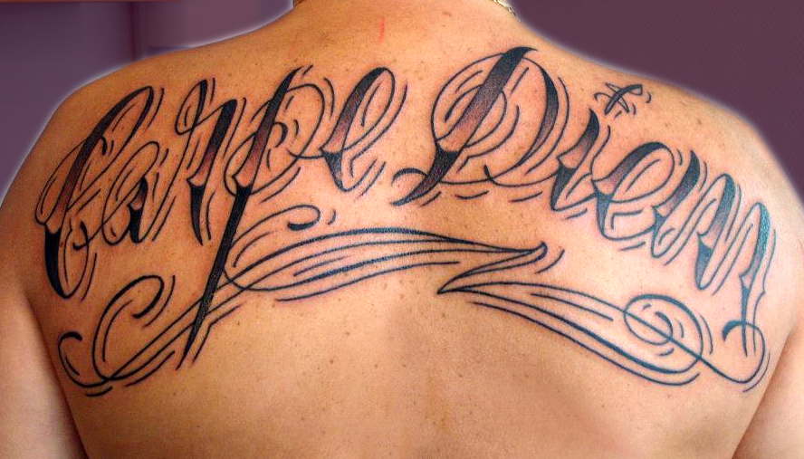 style de lettrage tatouage - Tattoo design avec générateur de modèles pour tatouage