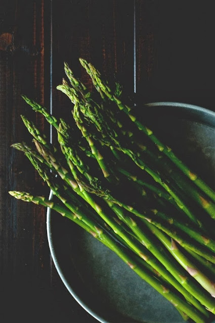 asparagi al prezzemolo / asparagus with parsley