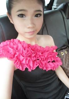 第一次穿這樣去宴會 :) 哥哥結婚 ,20-11-2011
