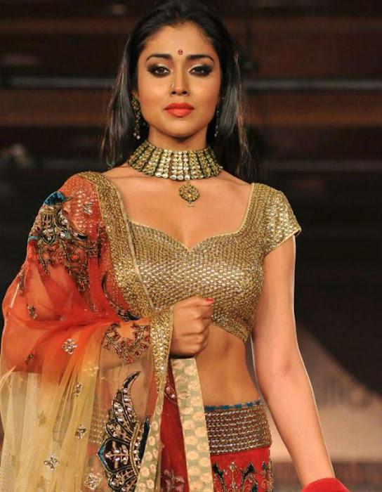 shirya , shirya saran rwalk glamour  images