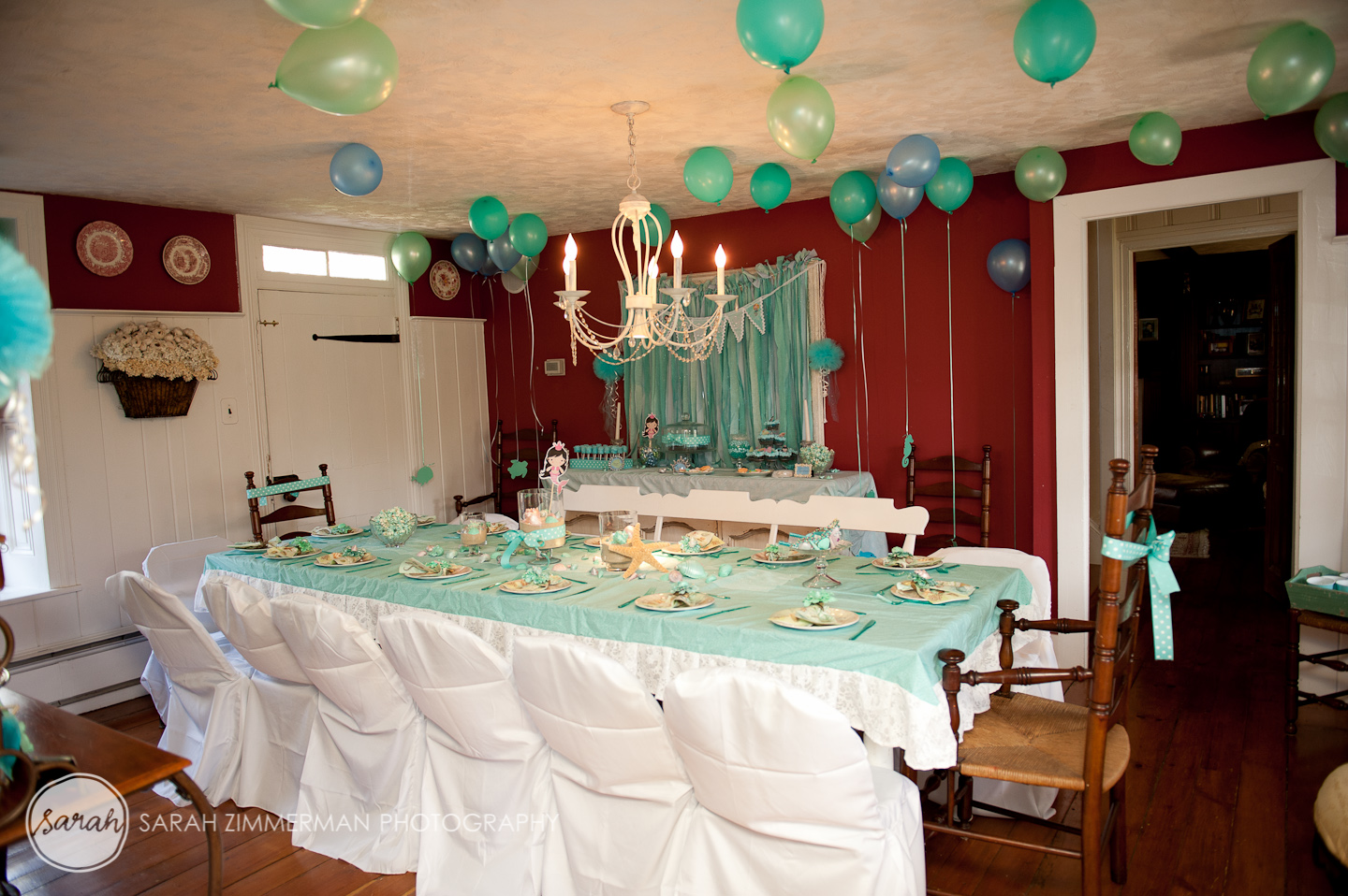 Pretti mini blog the magical mermaid party for Room decor ideas for husband birthday