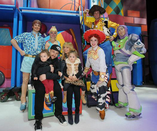 meet the characters at disney on ice