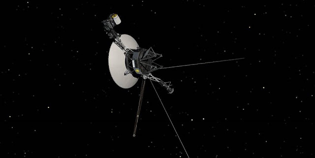 This artist's concept shows NASA's Voyager spacecraft against a backdrop of stars. Credits: NASA/JPL-Caltech