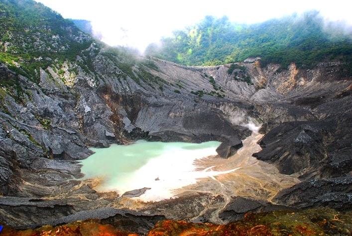 ratu crater tangkuban parahu