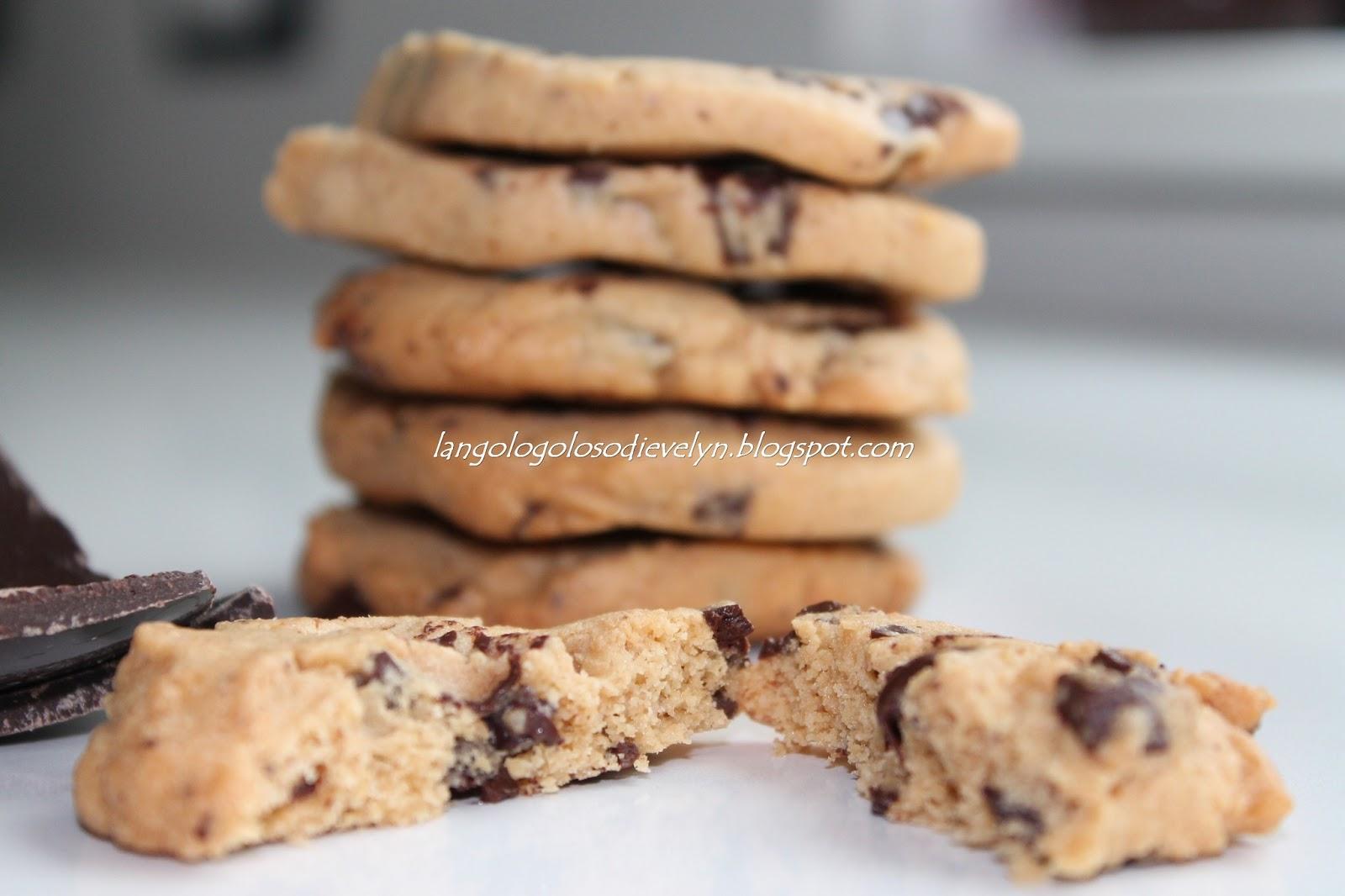 biscotti al burro d'arachidi e cioccolato...[attenzione, prima di consumarli, consultare il medico, possono creare dipendenza!]