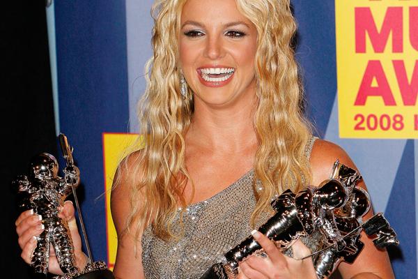 Britney Spears é a quinta cantora mais rica do mundo