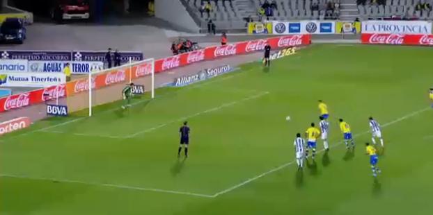 Asdrúbal marcó de penalti el empate