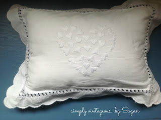heart, embroidered, pillow, white,