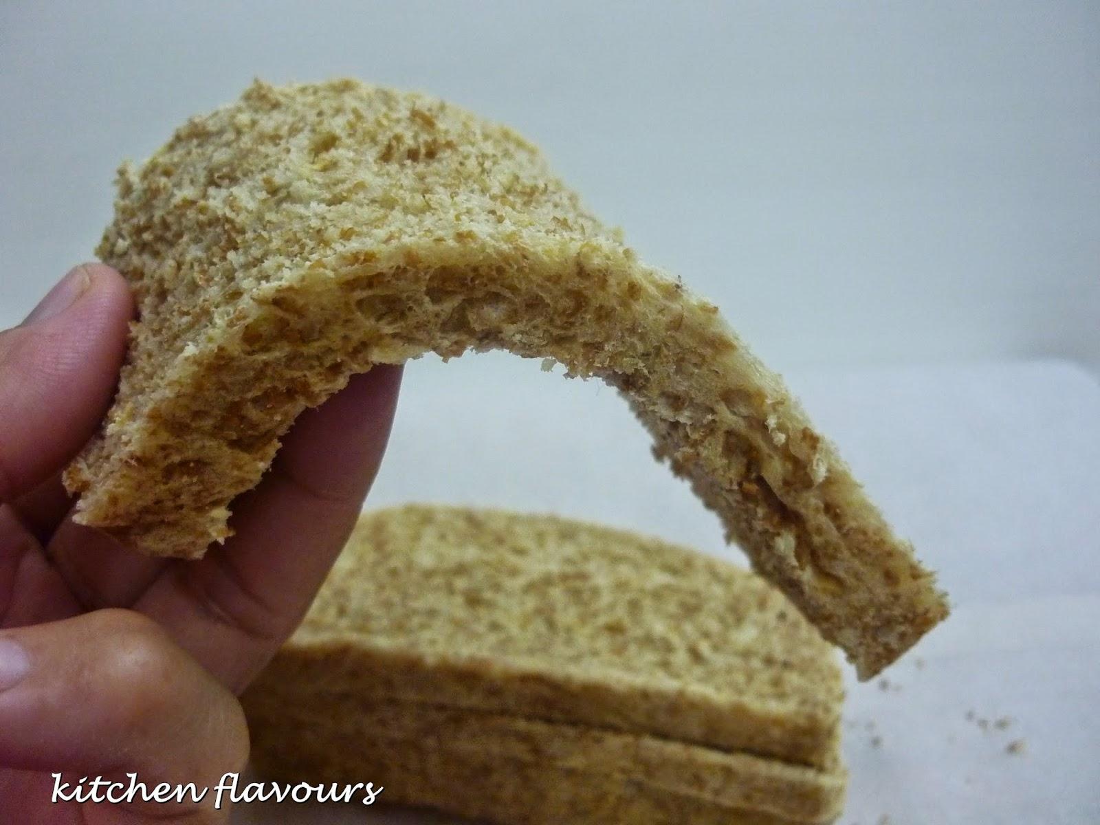 kitchen flavours: Part Whole Wheat Sandwich Bread