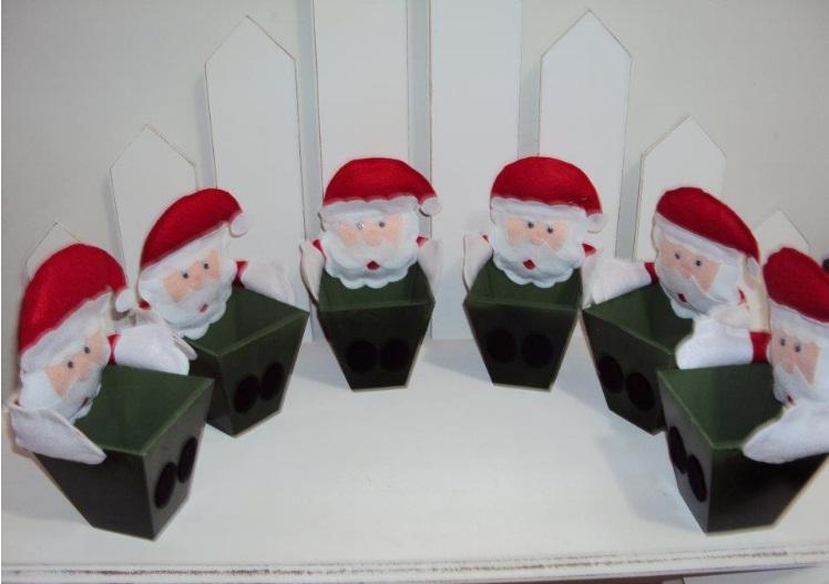 decoracao festa natalina : decoracao festa natalina:Cachepos de MDF com Papai Noel em feltro para decorar sua festa de