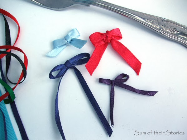 how to make tiny bows with a fork