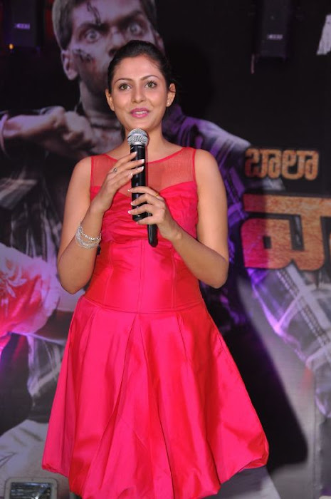 madhu shalini at vadu veedu movie audio release launch unseen pics
