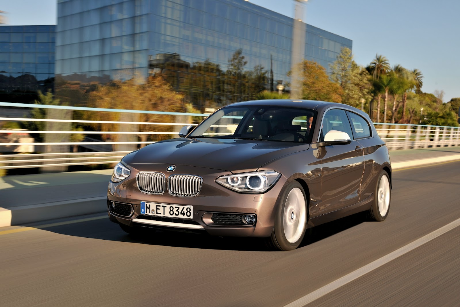 Bmw 1 series 3 door 2013 car barn sport for 135i 3 door