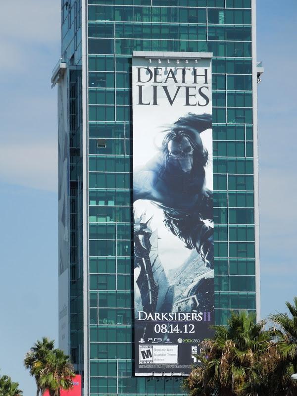 Giant Death Lives DarksidersII billboard