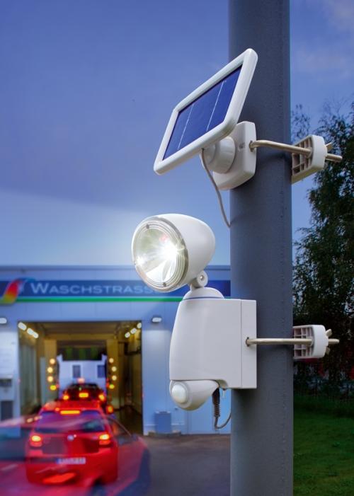 Jard n solar focos solares con sensor de movimiento for Focos solares jardin