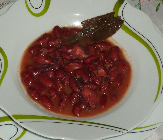 Miss cocina alubias rojas con pulpo gm - Como cocinar alubias rojas ...