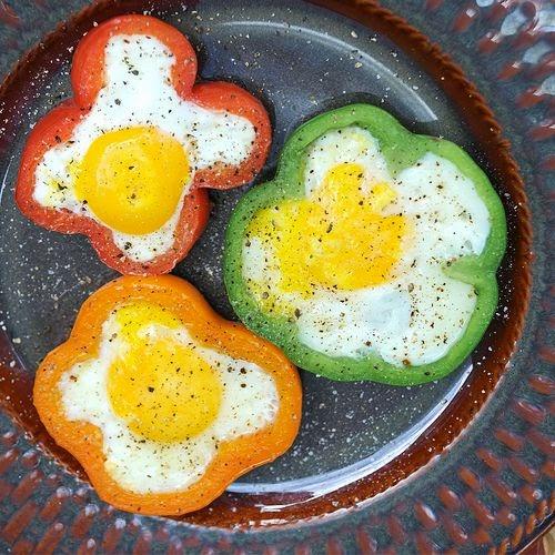 Bell pepper & Egg 'Flowers'