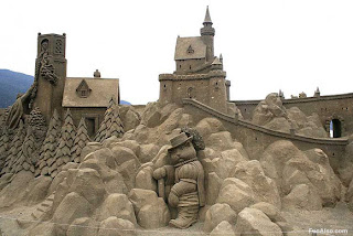 2011-Sand-Castle-Wallpaper