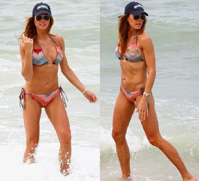 Family Beach w/o bikini girls - Naples