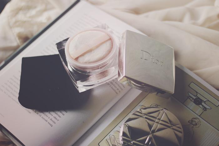 DIOR Diorskin Nude Rose Powder - Luminous Rose Loose Powder aimerose beauty blogger review