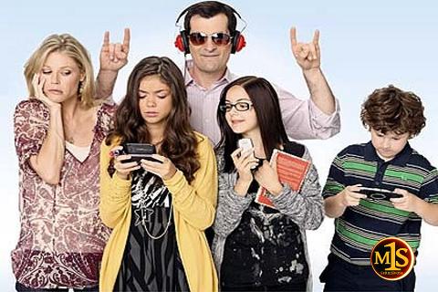 En marcateunaserie los lectores escogen las mejores comedias de 2011. En la imagen, foto promocional de Modern Family