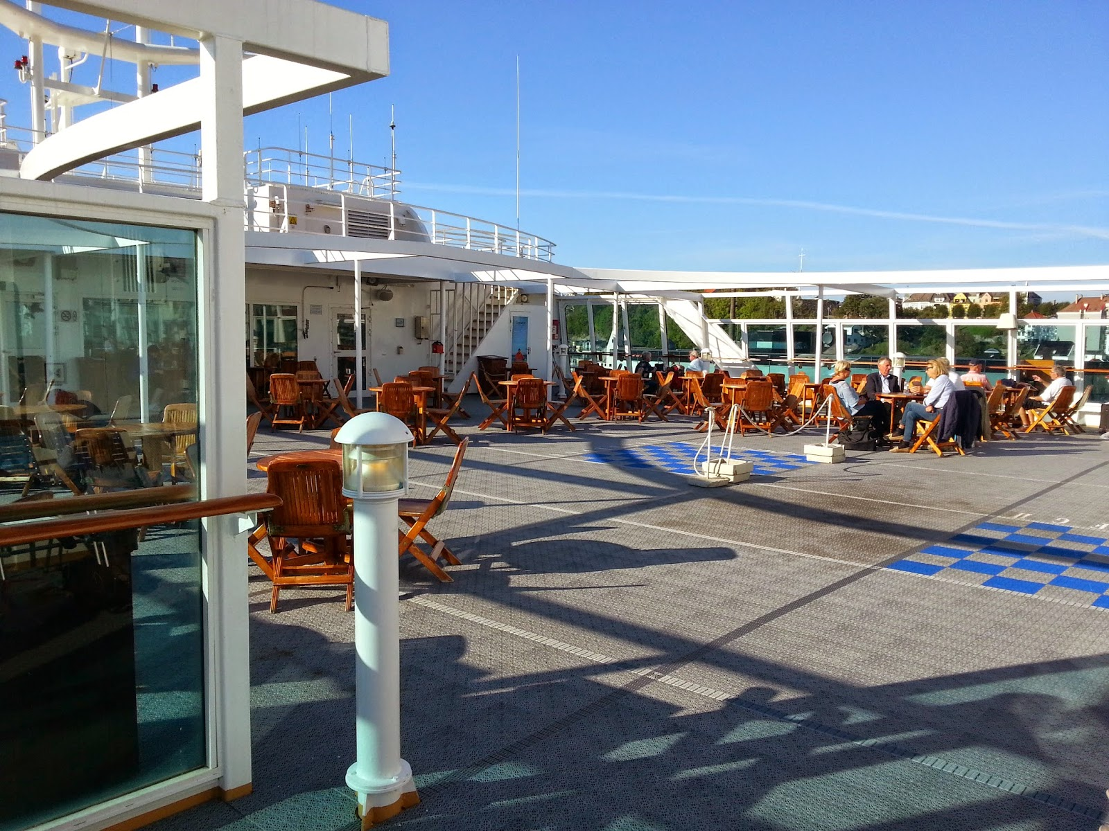 Hurtigruten MS Midnatsol - Sun Deck
