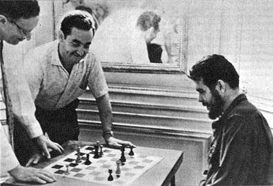 CHESS WITH CHE