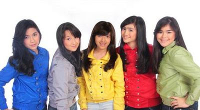 Mp3 Download Blink - Cinta Pertama