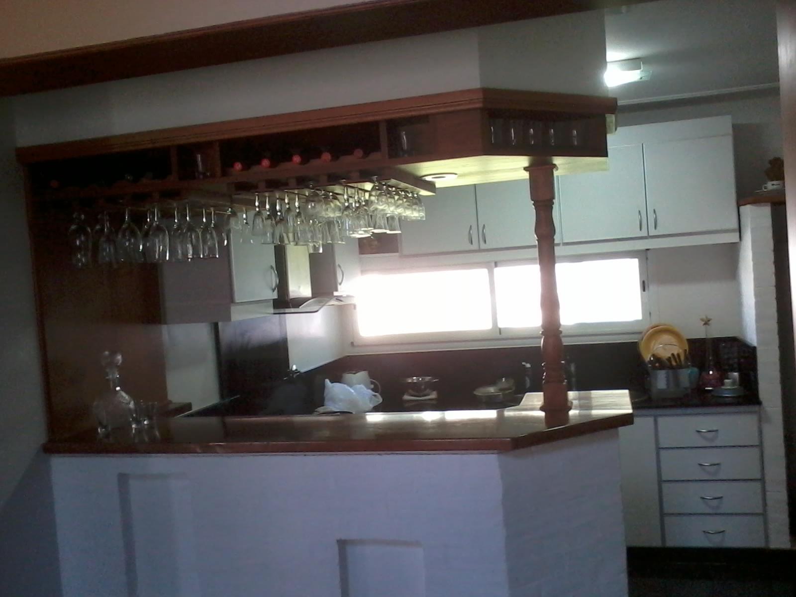 carpinteria los tres amigos mueble de cocina con barra