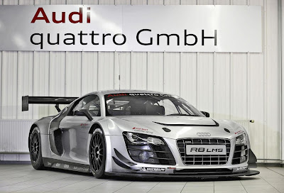 Audi R8 LMS Ultra 2012 Front Side