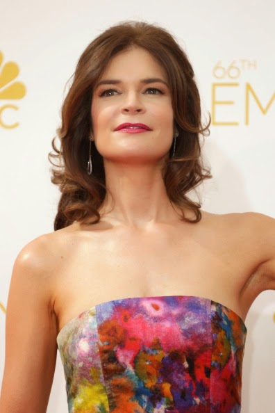 Betsy Brandt Wears TACORI to the 2014 Emmys