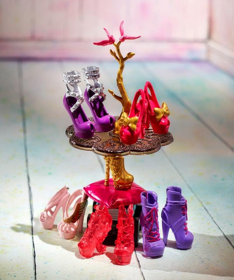 Ever After High Glass Slipper Shoe Shop