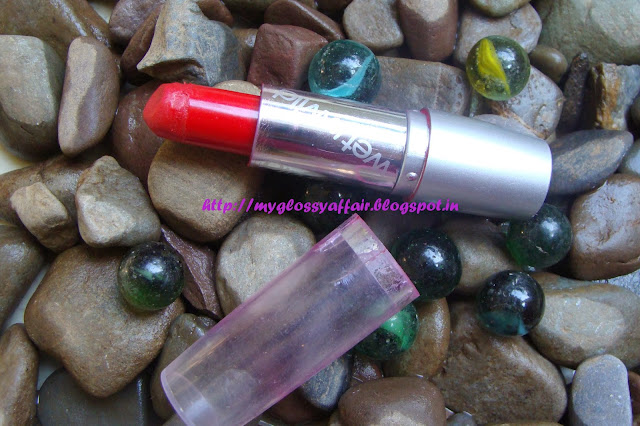 Wet n Wild Lipstick 514A Review and Swatches