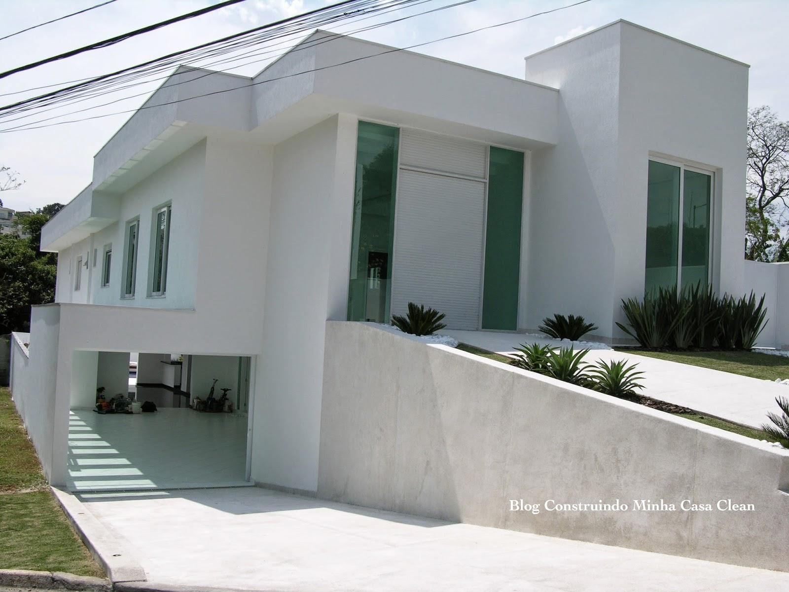 ideias jardins moradias:29- Garagem na frente subterrânea com cobertura de concreto!
