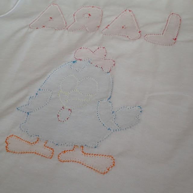 Camiseta infantil personalizada Galinha Pintadinha @ateliemadrica