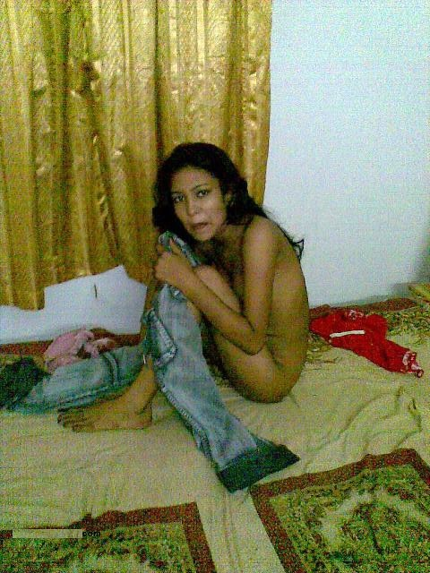 gf nude captured by her bf in a hotel room   nudesibhabhi.com