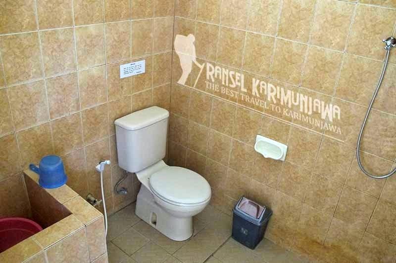 toilet blue laguna inn hotel karimunjawa