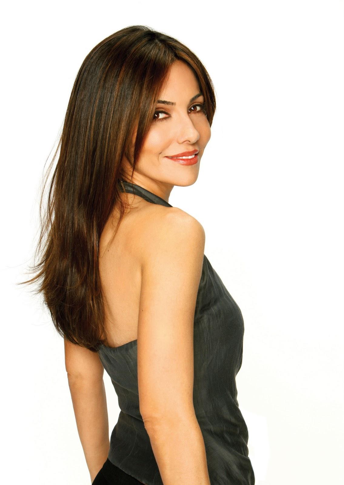 http://2.bp.blogspot.com/-Mhuahn4KpvA/Taf2Es46d-I/AAAAAAAAXnA/x1UWJXyCv2g/s1600/VanessaMarcil.jpg