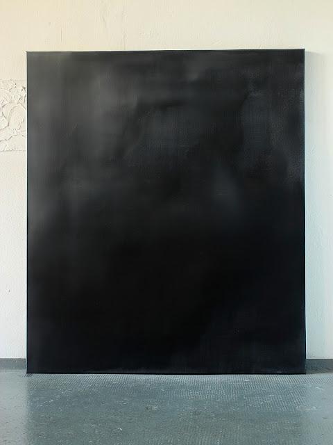 Christian hetzel amorph monochrom for Minimal art kunstwerke