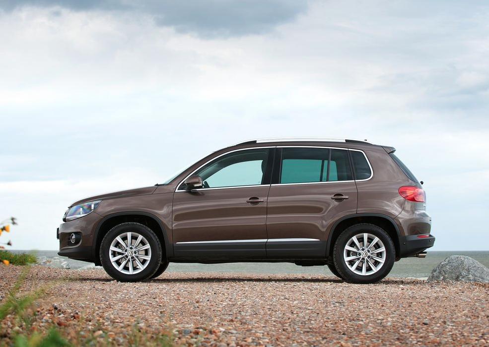 2012 vw tiguan brown