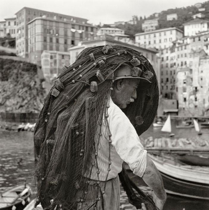 Fino al 9 Novembre, Herbert List - The magical in passing e Magnum in mostra a Milano Herbert List