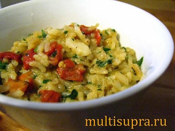 рис с вялеными помидорами в мультиварке