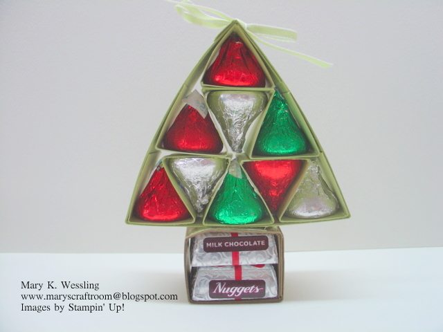 Mary's Craft Room: Hershey's Kiss and Nuggets Christmas Tree