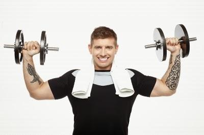 رفع الأثقال لتكبير العضلات