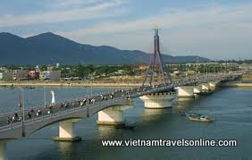 private tours vietnam