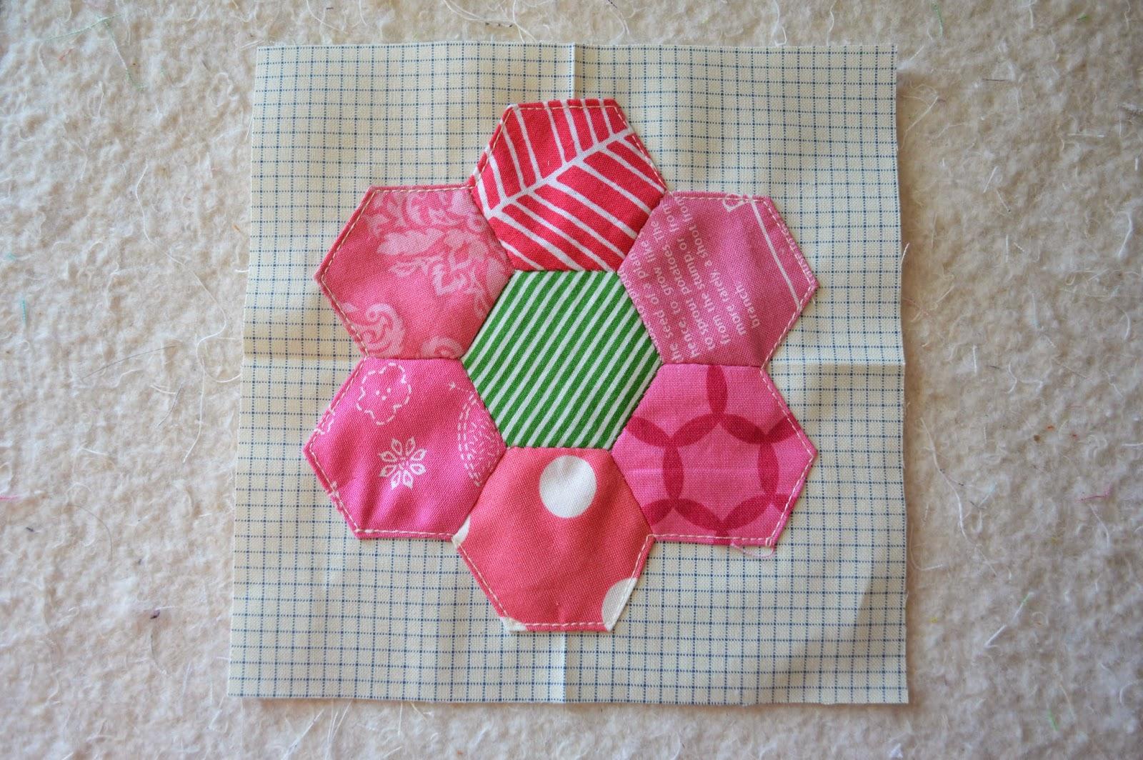 The Quilt Barn Hexagon Flower Quilt Tutorial