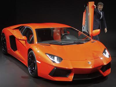Lamborghini Aventador  LP700-4 Vídeo