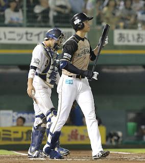 28日の試合で敬遠される代打・大谷