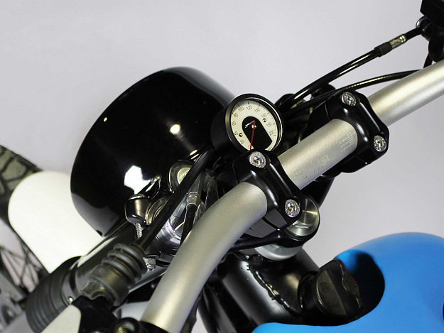 yamaha-sr500-Scrambler-custom-Motorcycle-JVB-MOTO-SR500-D-TRACK