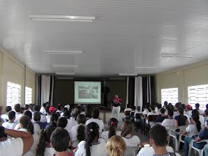 PALESTRAS EM BEZERROS - ESCOLA ESTADUAL CÔNEGO ALEXANDRE - NOVEMBRO DE 2011